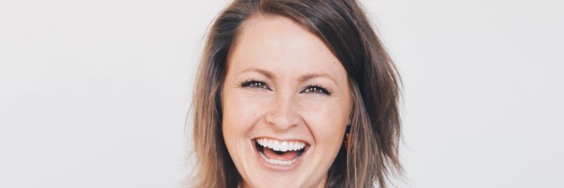 Over lachtherapie en lachyoga