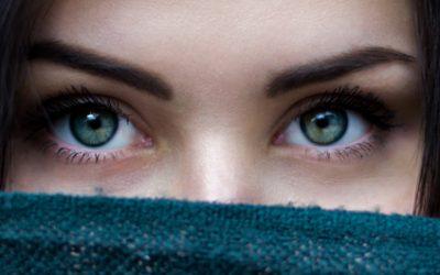Vermoeide ogen symptomen en oorzaken